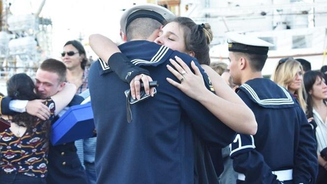 Resultado de imagen para pareja de marineros